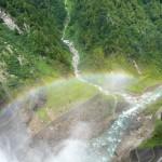 黒部ダムにかかる虹